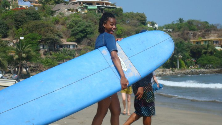 Sonia going to surf