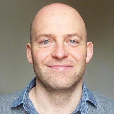 Glen Long, Managing Editor at Smart Blogger