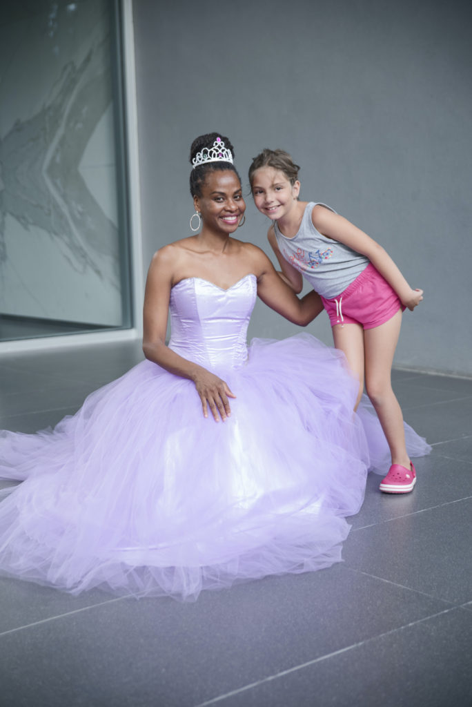 princess and little girl
